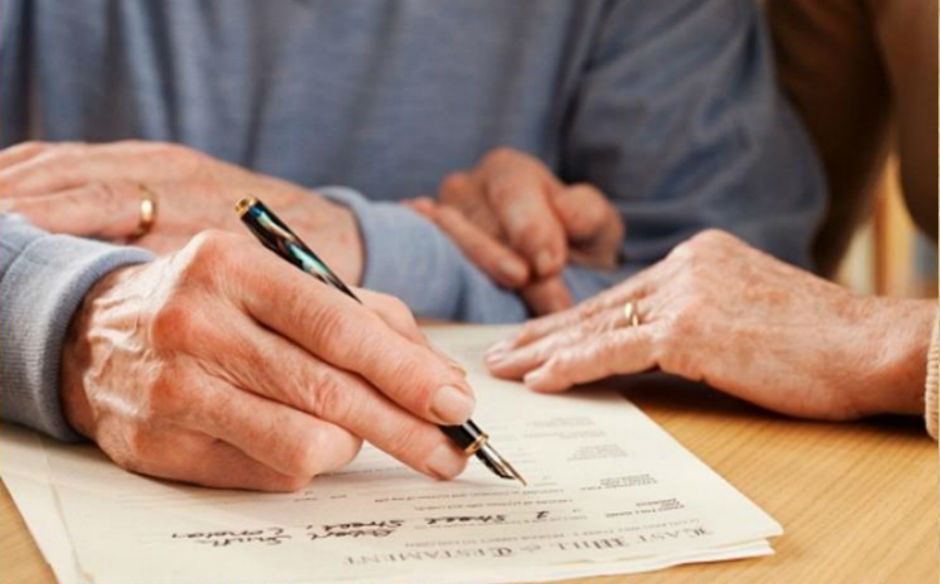 ¿Por qué es conveniente hacer testamento? ¿Quien puede hacerlo y que tipos hay?
